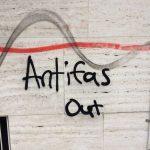 22. April 2017 - Unbekannte sprühen Anti-Antifa-Parolen