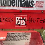 Antisemitische Schmierereien auf Zeitungskästen. Foto: firm