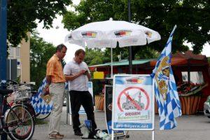 Uwe Görler (li.) und Stefan Werner (re.) auf dem Partnachplatz. Foto: Tim Karlson