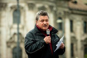 Der Bezirksvorsitzende der 'Republikaner', Reinhard Hornberger. Foto: Tim Karlson