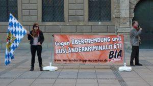 BIA mit rassistischen Parolen im Kommunalwahlkampf 2014. Foto: Marcus Buschmüller