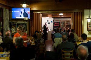 Jürgen Elsässer spricht zu den Versammelten. Foto: a.i.d.a. zugesandt