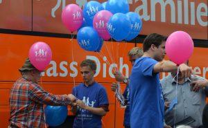 """""""Demo für Alle"""" am Karlsplatz/Stachus Anfang September 2017. Foto: Marcus Buschmüller"""